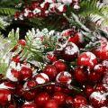 Kranz Grün mit roten Beeren gefrostet 36cm